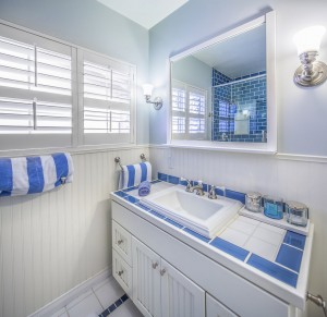 1827BCbathroom1MLS